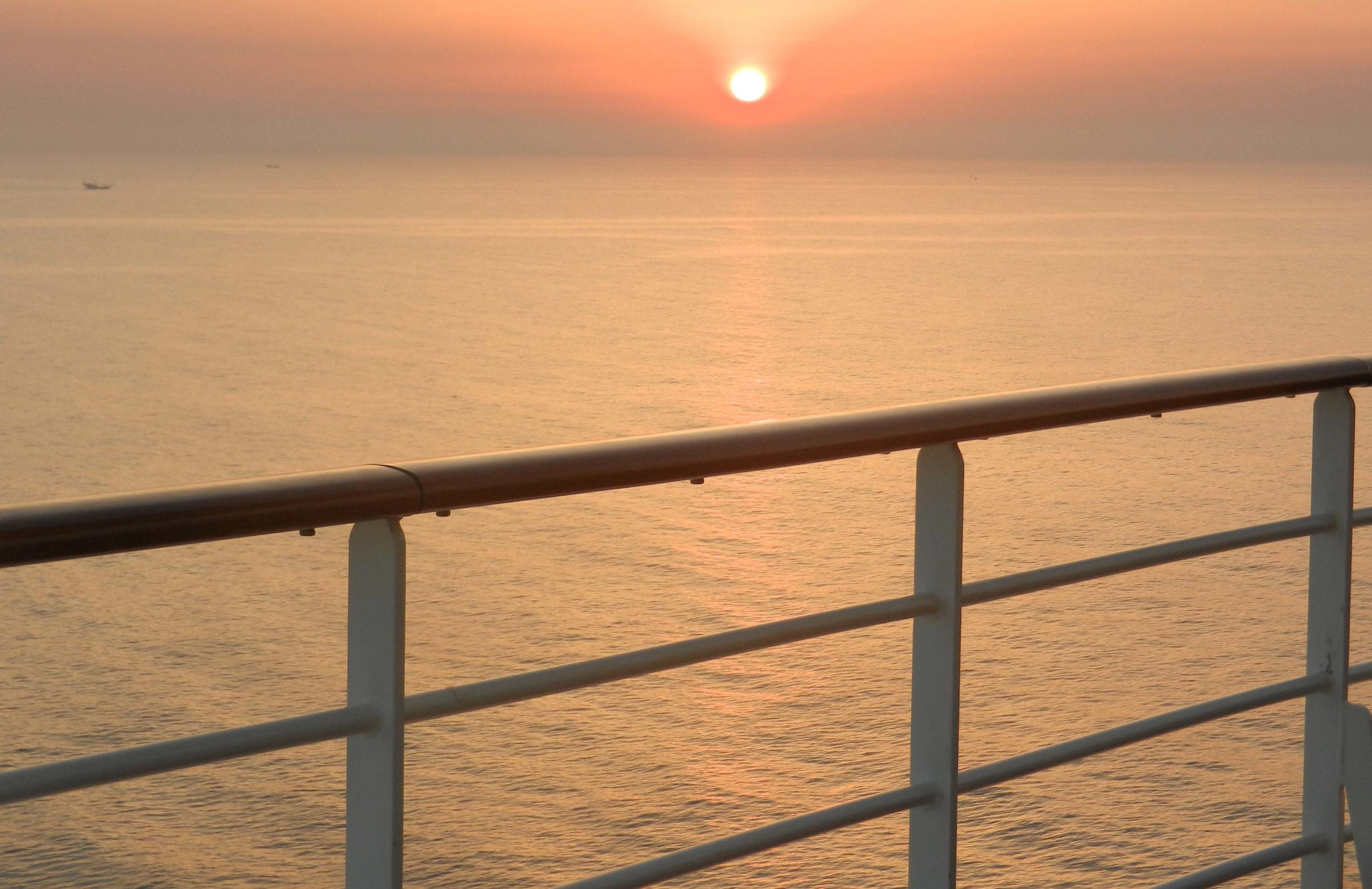 Sonnenuntergänge auf dem Meer sind die schönsten die es gibt
