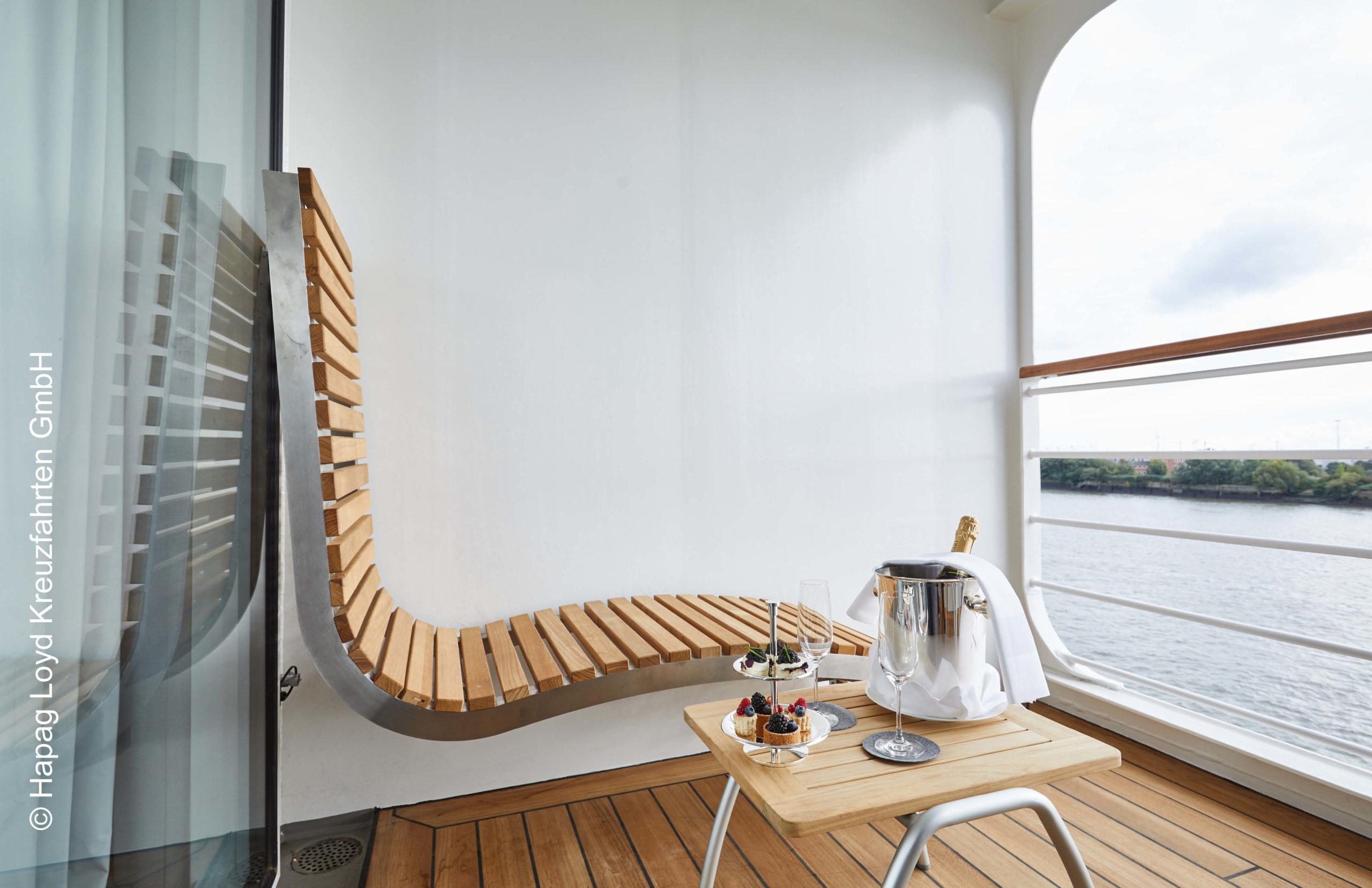 Hapag Lloys Hanseatic inspiration Junior Suite Balkon