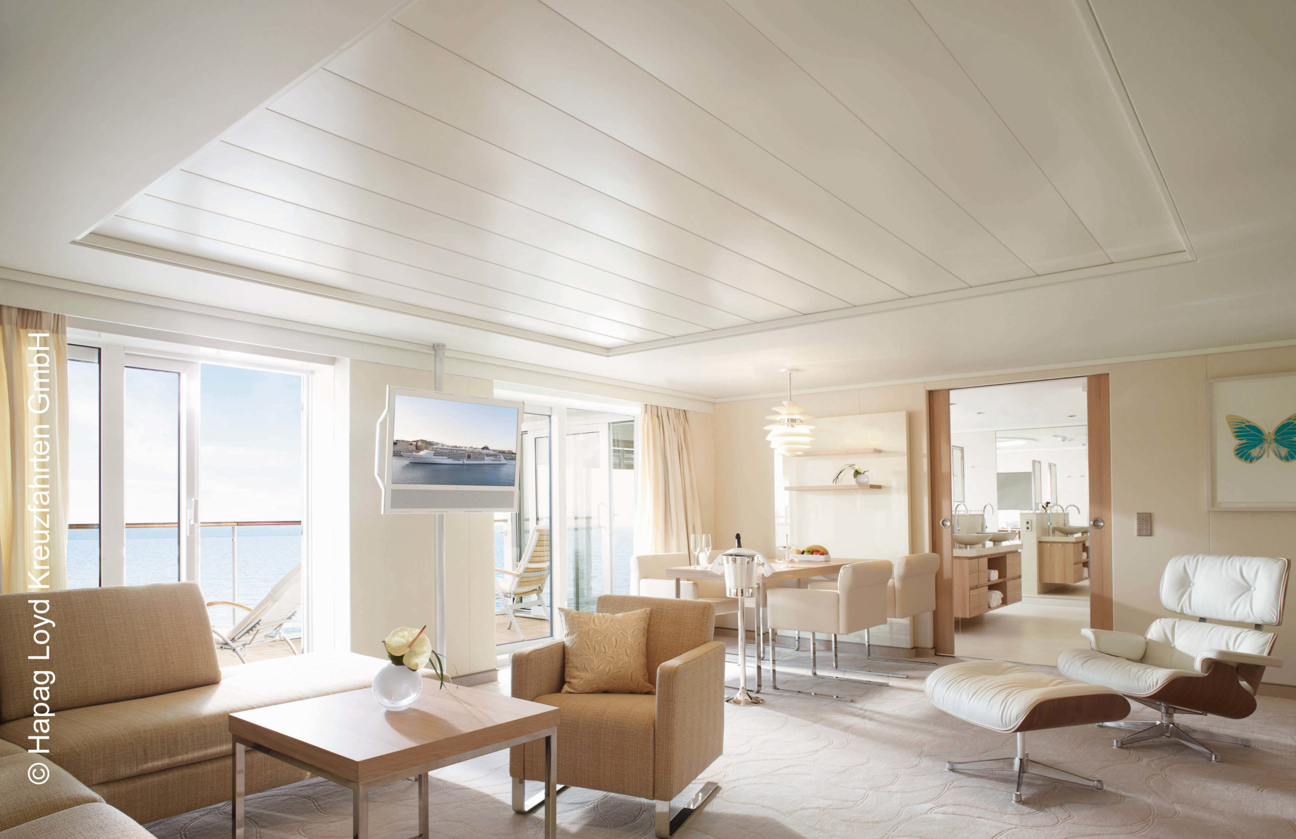 Hapag Lloyd Europa 2 Owner Suite