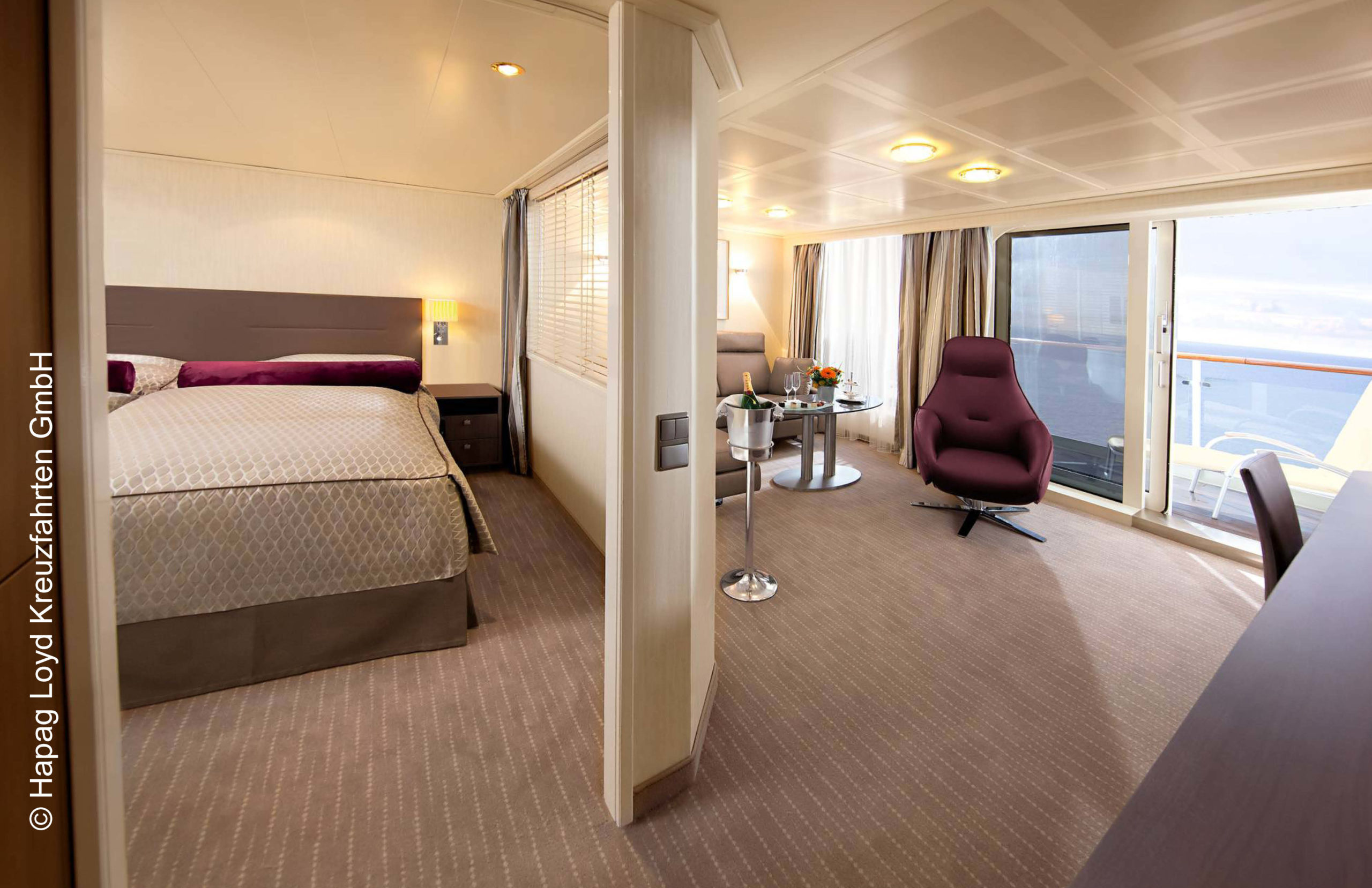 Hapag Lloyd Penthouse Deluxe Suite MS Europa